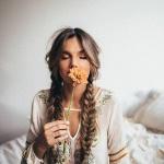 Robe longue hippie chic en cotonnade fine avec jolis motifs