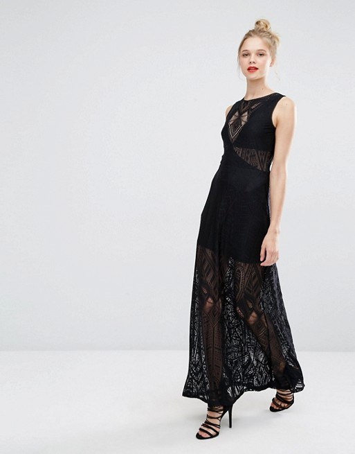 Robe sans manche dentelle longue noire habillee