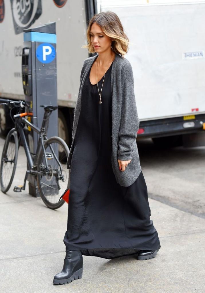 Robe simple ete maxi longue noire jessica alba