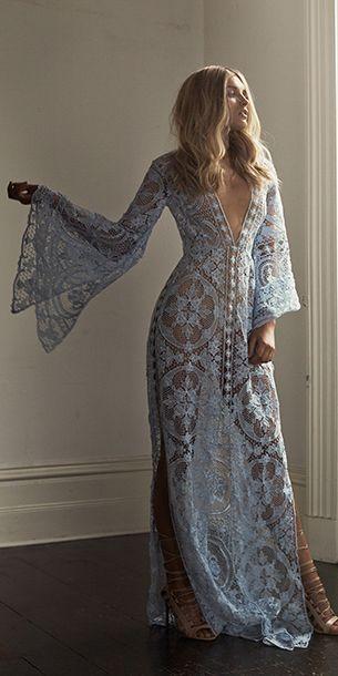 Sublime robe longue hippie full dentelle manches longues