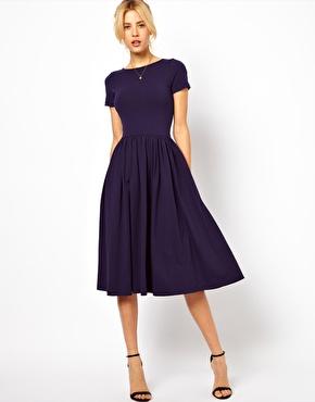b22d7f57e5 Robe mi longue bleu marine manche courte soiree evasee - la robe longue