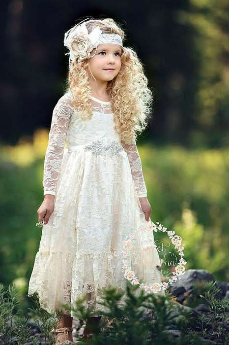Petite robe longue dentelle mariage pour petite fille