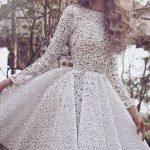 Robe blanche mi longue dentelle mariage manche longue