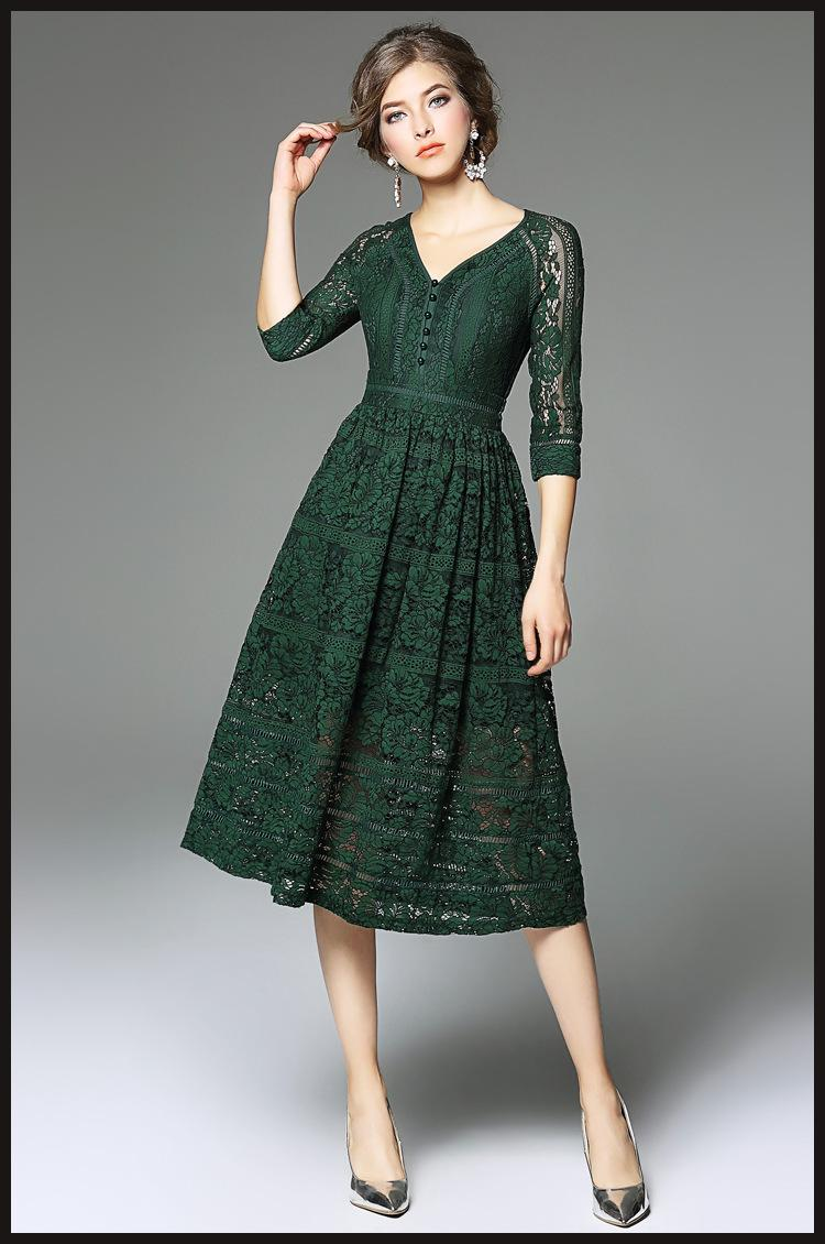 Robe dentelle mi longue verte esprit vintage