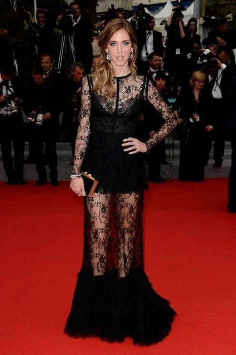 Robe longue dentelle noir fashion jeu de transparence