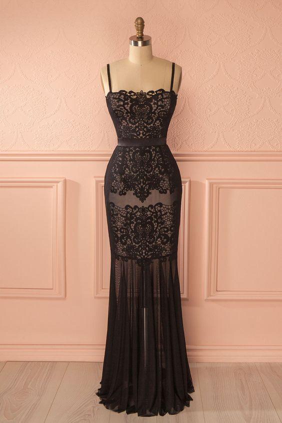 Robe longue fine dentelle noir et ses petites bretelles esprit lingerie