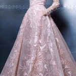 Robe maxi longue dentelle rose travaillee