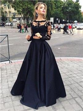 Ravissante robe de soiree noire dentelle manches longues