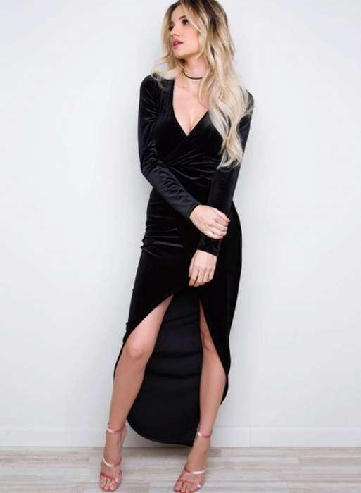 Robe asymetrique noire pour reveillon manche longue