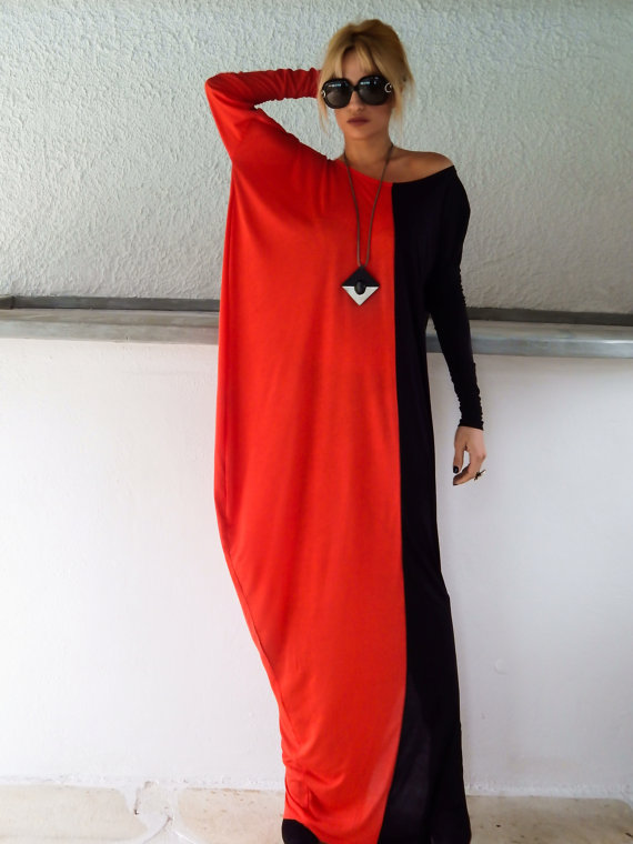Robe coton longue rouge et noire sur la longueur