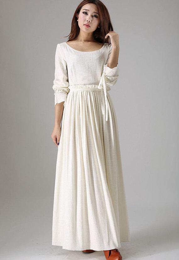 Robe longue blanche coton fluide avec manche longue et fine ceinture