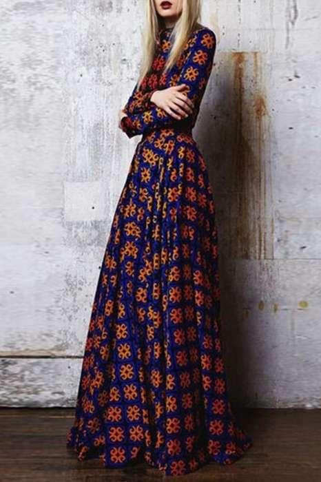 Robe longue boheme fond bleu marine imprime rouge avec manche longue
