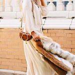 Robe longue fluide creme ete avec ses manches longues