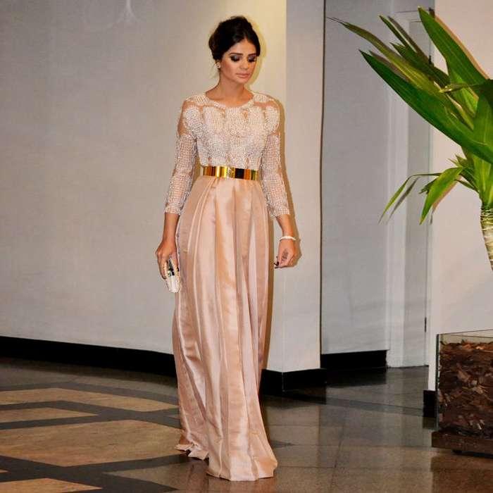 Robe longue habillee dentelle rose pale pour mariage a manche longue