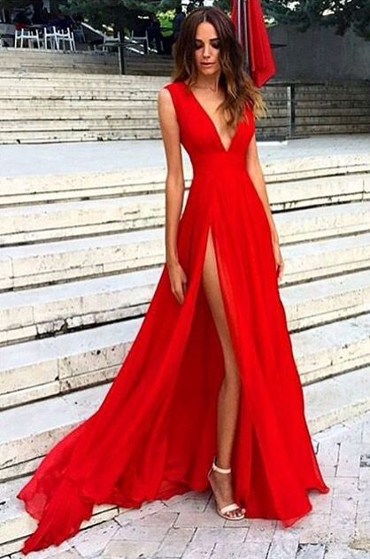 Ravissante robe rouge de soiree star saint valentin