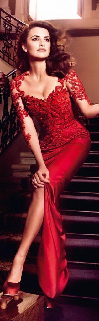 Robe dentelle rouge chic et glamour pour sortie saint valentin