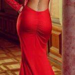 Tenue saint valentin avec attaches dos sexy et glamour dentelle rouge