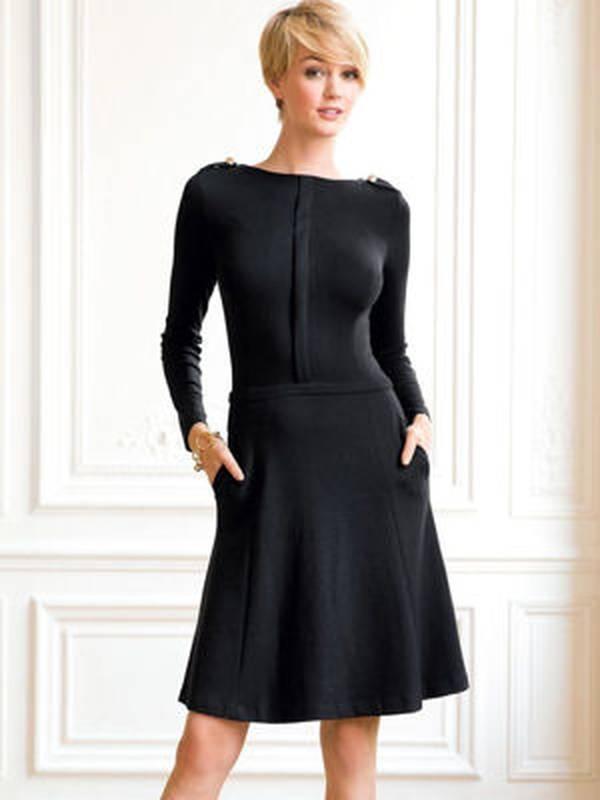 Laura clement modele robe longue noire chic